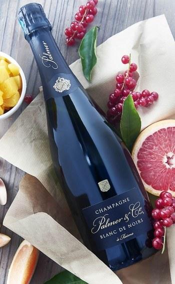 Champagne Blanc de Noirs Magnum en étui - Mise en situation
